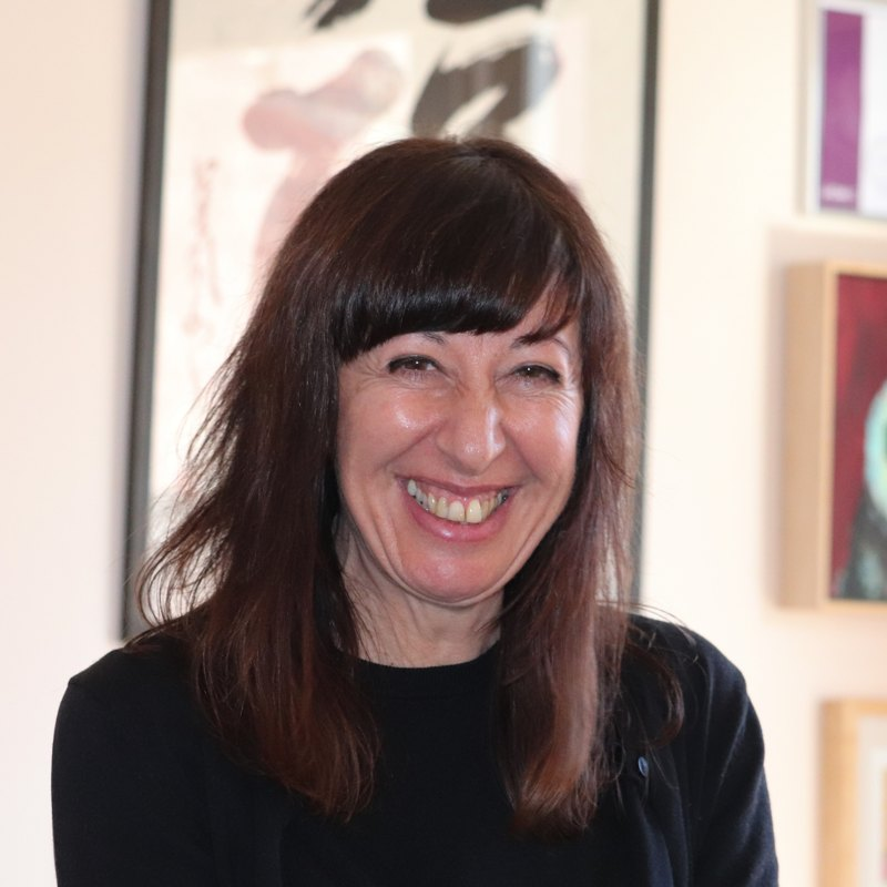 Dr Elisabeth Staunton Acupuncture